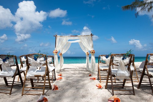 Planning A Cruise Ship Wedding Setting Sail For The Cayman Islands