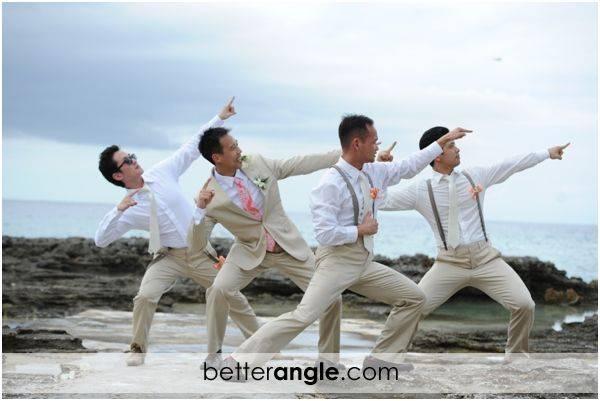 Groommen Dancing